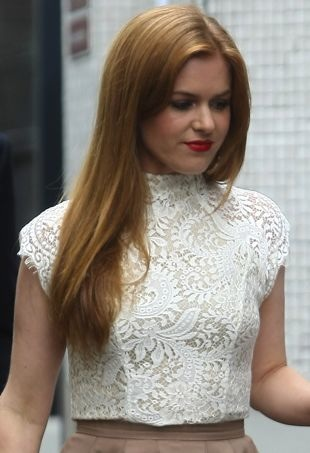 Isla-Fisher-ITV-Studios-London-portrait-cropped