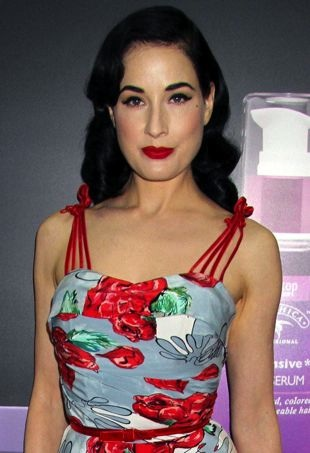 Dita-Von-Teese-Obliphica-booth-2013-Cosmoprof-North-America-Convention-Las-Vegas-portrait-cropped