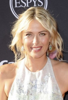 Get Maria Sharapova's Flirty Feminine Makeup Look at Home