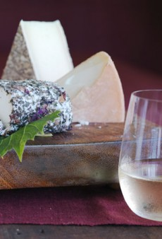 5 Perfect Wine and Cheese Pairings