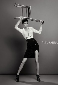 Stella Tennant Hoists a Chair in the Fall 2013 Altuzarra Campaign (Forum Buzz)