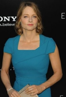 Jodie Foster Stands Out in a Structured Roland Mouret Dress