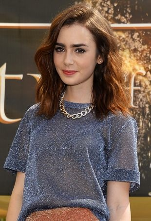 Lily-Collins-The-Mortal-Instruments-City-of-Bones-meet-and-greet-Glendale-portrait-cropped