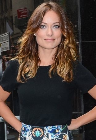 Olivia-Wilde-arriving-to-tape-an-appearance-on-Good-Morning-America-New-York-City-portrait-cropped