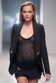 She's Back: Former Top Model Snejana Onopka Returns to the Runway