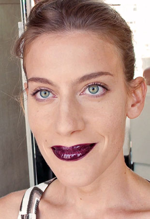 Glossy_Dark_Lip_After-p