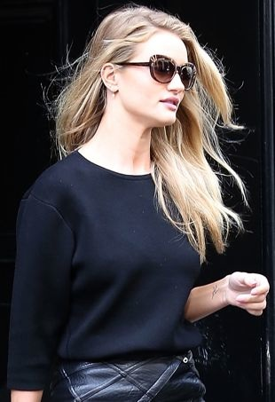Rosie-Huntington-Whiteley-out-and-about-Paris-portrait-cropped