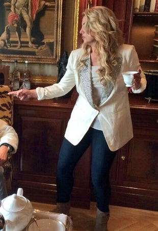 Britney spears puts the smack down and other celeb twitpics of the week