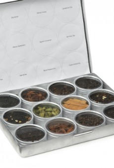 Food Dehydrators, Chai Tea Kits and More Gifts for the Health-Obsessed