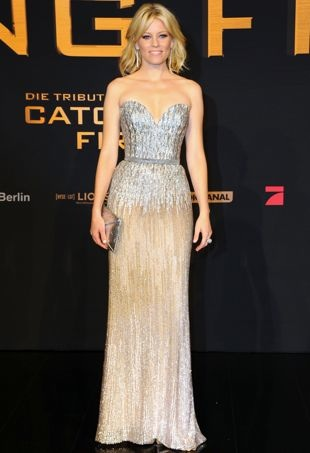 Elizabeth-Banks-Berlin-Premiere-of-The-Hunger-Games-Catching-Fire-2-portrait-cropped