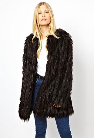 Urbancode-faux-fur-jacket-portrait