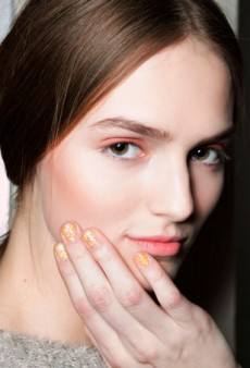 Paint the Town: the Coolest Nail Looks for All Your Holiday Festivities