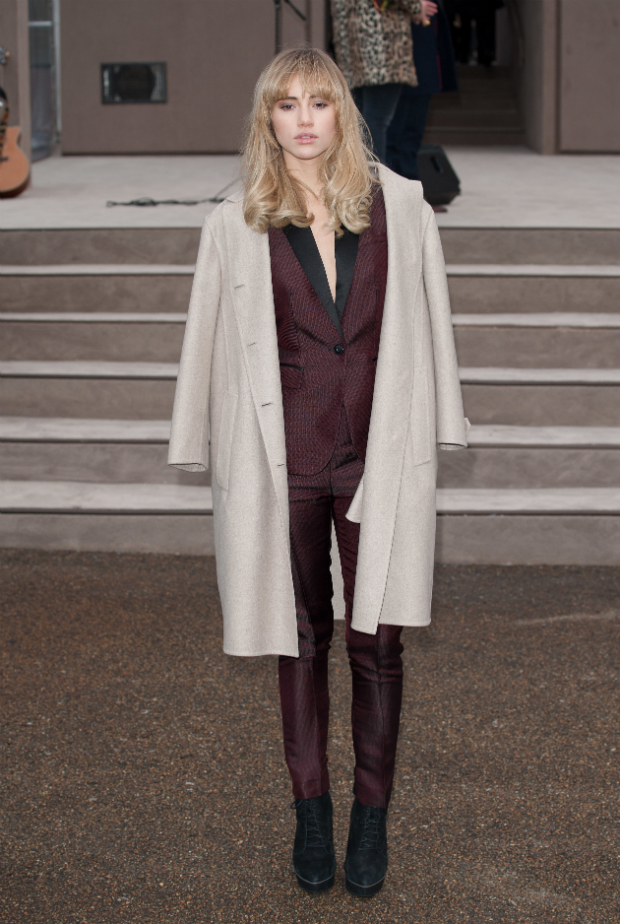 suki-waterhouse-burberry-prorsum-aw14-620