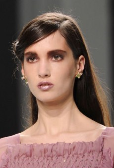80s Glitter Lips Take the Spotlight at Rodarte