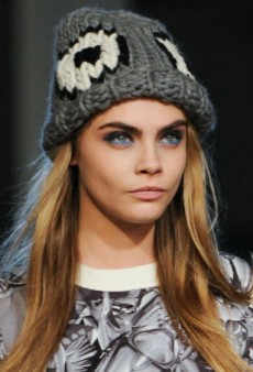 Best of Beauty: Seeing Red and Feeling Blue at London Fashion Week Fall 2014
