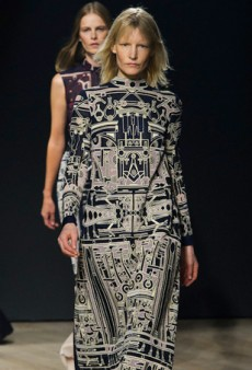Mary Katrantzou Surprises by Ditching Her Signature Prints for Fall 2014 (Runway Review)