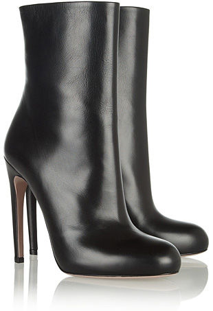 Gucci-Goldie-leather-midcalf-boots-portarit