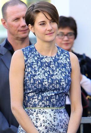 Shailene-Woodley-Kate-Winslet-Hollywood-Walk-of-Fame-Ceremony-portrait-cropped