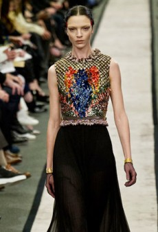 Givenchy Trades in Sweatshirts for Gorgeous Pants for Fall 2014 (Runway Review)