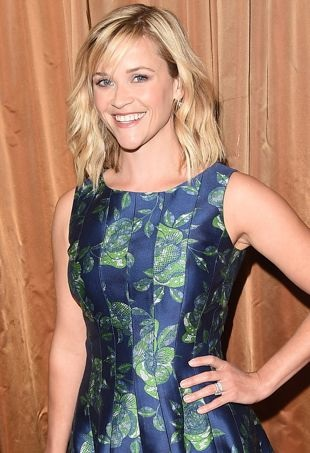 Reese-Witherspoon-The-Colleagues-26th-Annual-Spring-Luncheon-Beverly-Hills-portrait-cropped