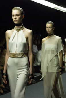 Carla Zampatti Sets the Standard at Mercedes-Benz Fashion Week Australia