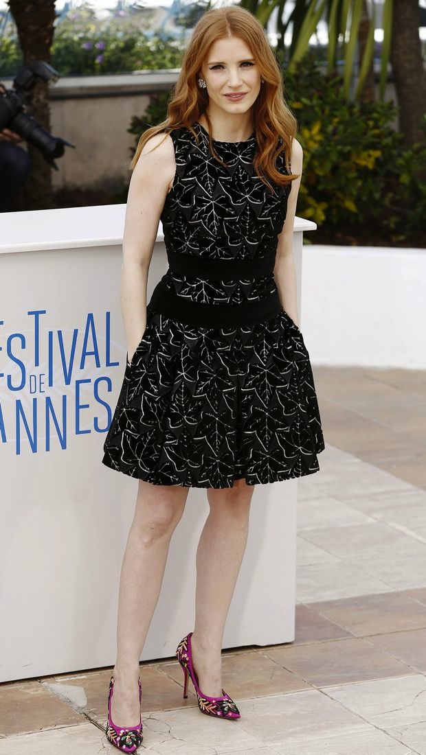 Jessica Chastain Pairs Alexander McQueen's Fall 2014 dress with Paul Andrew pumps