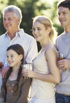 The Single Girl's Guide to Surviving the Family Reunion