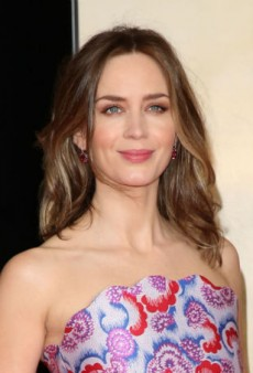 Get Emily Blunt's Fresh Spring Makeup Look at Home