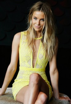 How to Get That Jennifer Hawkins Sparkle