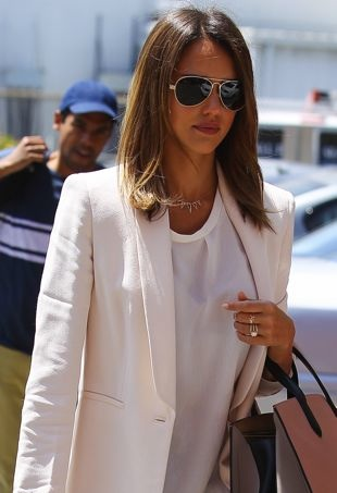 Jessica-Alba-headed-to-a-business-meeting-Beverly-Hills-portrait-cropped