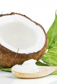 Coconut Oil: Miracle Product or Beauty Fad?