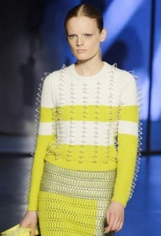 Find Inspiration for Fall with These 16 Unconventional Knitwear Runway Pieces