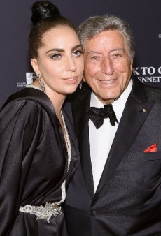 Link Buzz: Tony Bennett, Lady Gaga Front H&M Holiday Campaign, Olivier Rousteing Does the #IceBucketChallenge