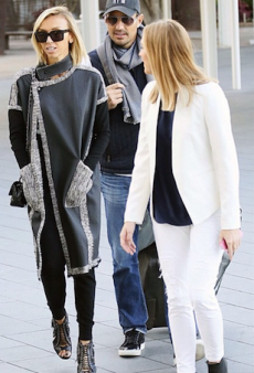Giuliana Rancic Sports Willow, Veronika Maine While in Sydney