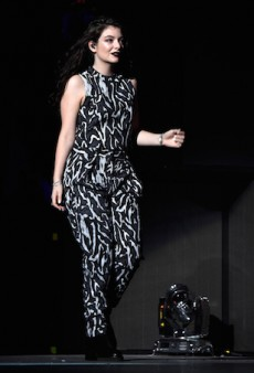 Lorde Rocks Matchy-Matchy Proenza Schouler at iHeartRadio Music Festival 2014