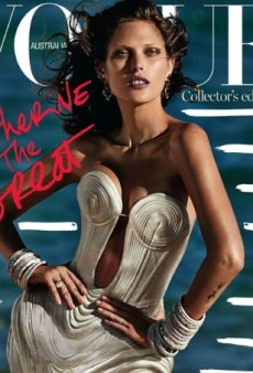 Vogue Australia Goes Mad for Catherine McNeil with Its October Issue (Forum Buzz)