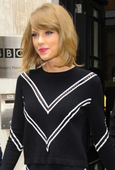 Taylor Swift Takes an Angular Approach in Tanya Taylor