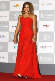 Teresa Palmer Stuns in Carolina Herrera for the 19th Busan International Film Festival
