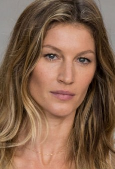 Baz Luhrmann Directs Chanel No. 5 TV Ad Starring Gisele Bündchen