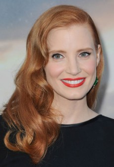 Recreate Jessica Chastain's Glamorous Red Carpet Beauty Look