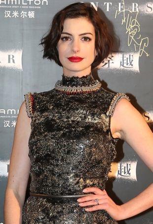 Anne-Hathaway-ShanghaiInterstellarPremiere-portraitcropped