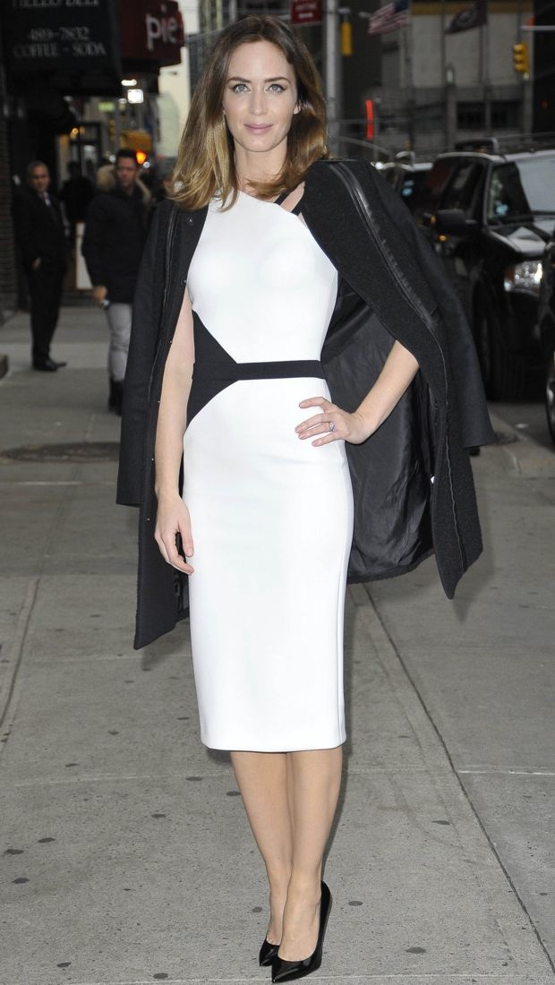 Emily Blunt drops by David Letterman in David Koma