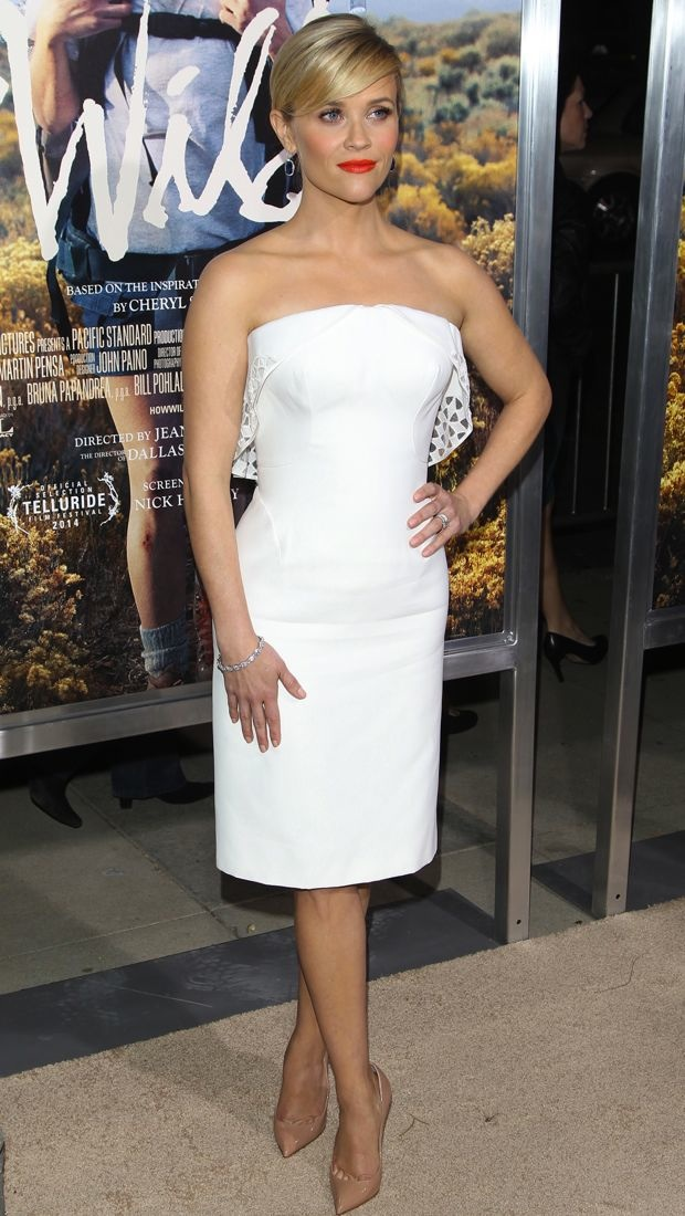 Reese Witherspoon wears a white Zac Posen dress