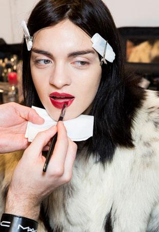lipstick-port