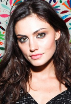 Phoebe Tonkin on Her Frame Denim Film, Headbanging and Being Hangry