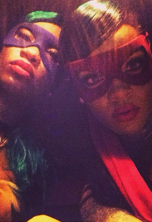 rihanna-instagram-return-p