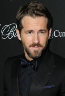 Link Buzz: Ryan Reynolds Joins Twitter, Vogue's Office Rat Infestation Gets Worse