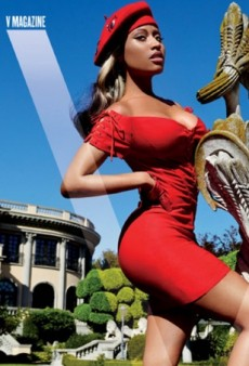Nicki Minaj Works Mario Testino's Lens for V Magazine's Winter 2014 Cover (Forum Buzz)