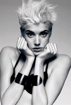 Agyness Deyn to Return to Modelling?