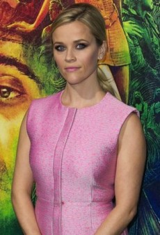 Reese Witherspoon Is Pretty in Pink at Inherent Vice Premiere